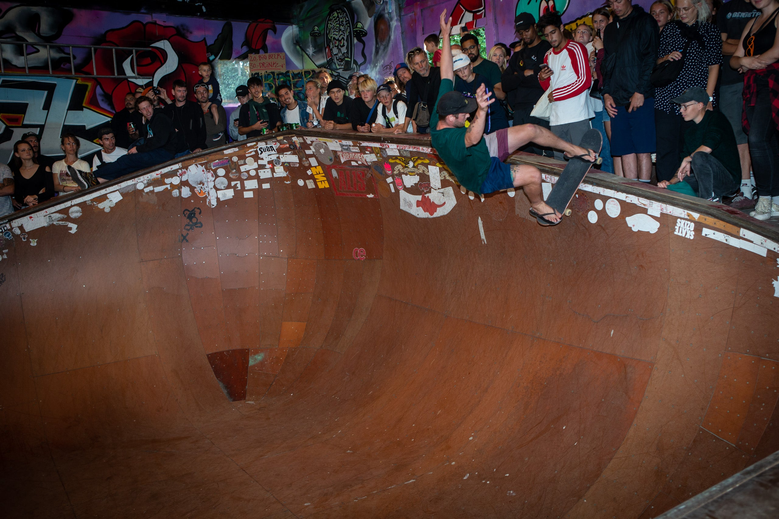 Joey in Alis Wonderland skate park 20th Bryce Kanights