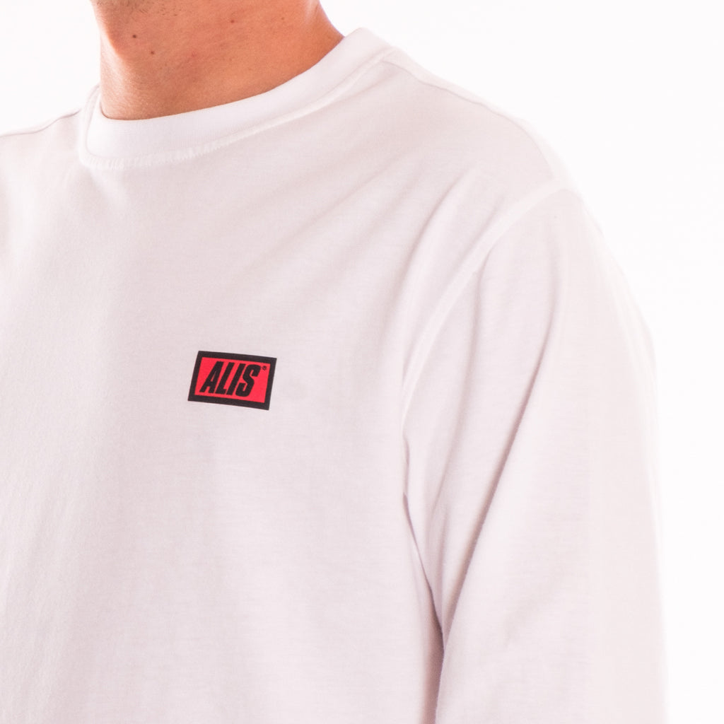 ALIS CLASSIC MINI LOGO LONG SLEEVES TEE WHITE, detail sholder