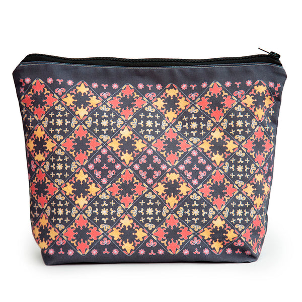 Blackadder Wash Bag