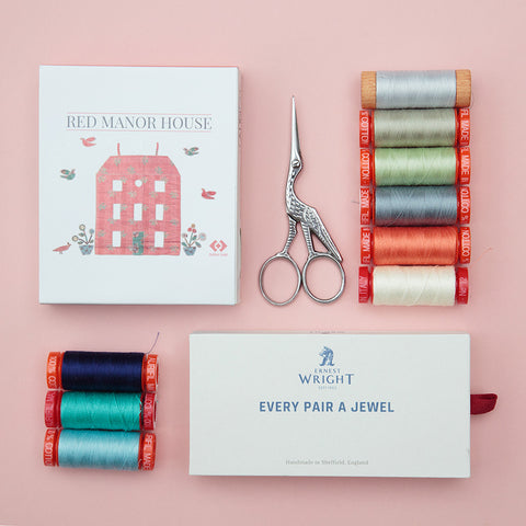 Threads and Scissors Gift Set