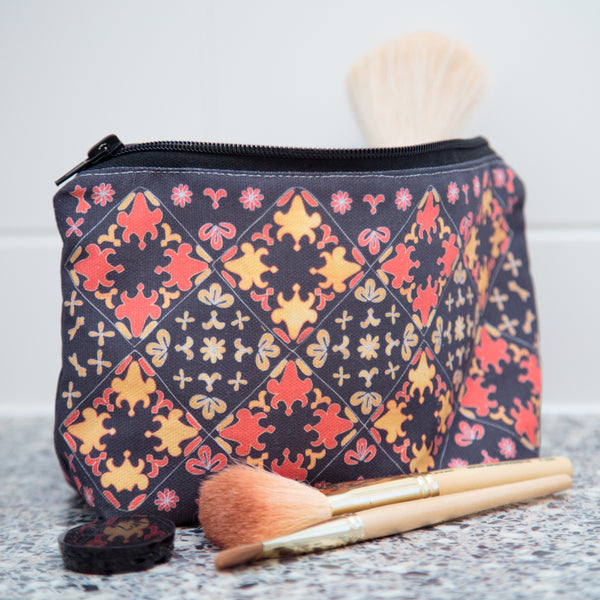 Blackadder Makeup Bag