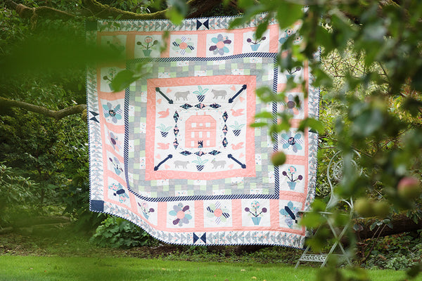 Red Manor House Quilt Kit