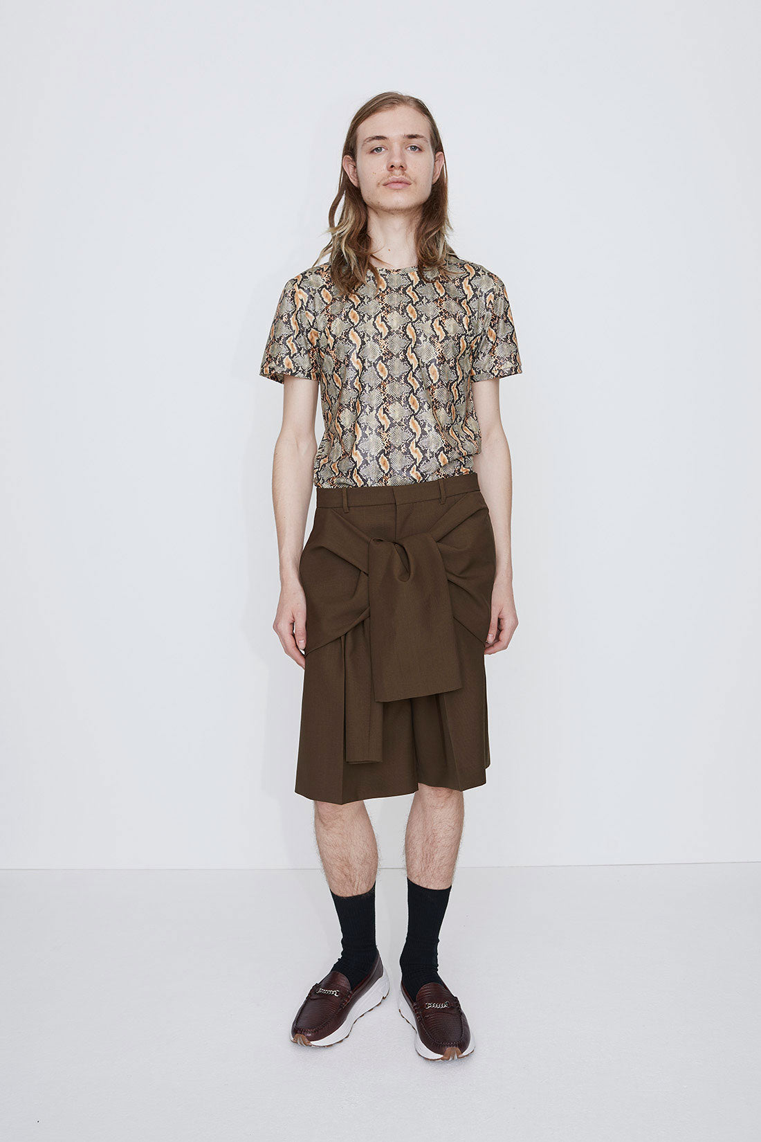 Tye knot shorts brown