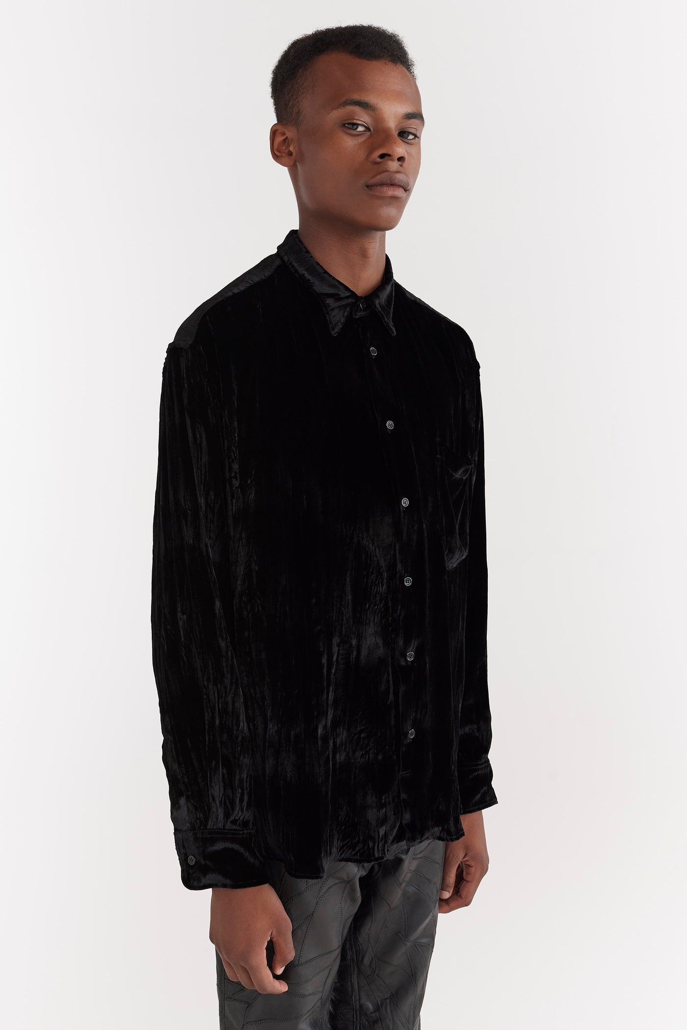 Cedric Crushed Velvet Shirt Black