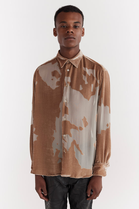 CMMN SWDN Cedric is a relaxed fit drop shoulder shirt, crafted from a soft luxurious silk velvet featuring an all over Devore print.