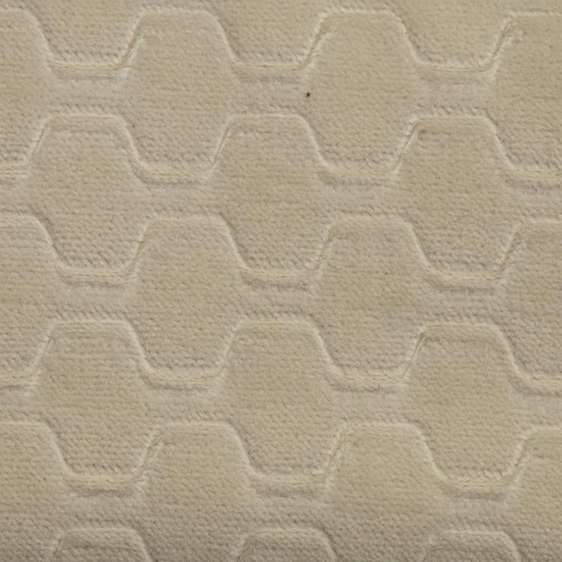 Carver Embossed Cream