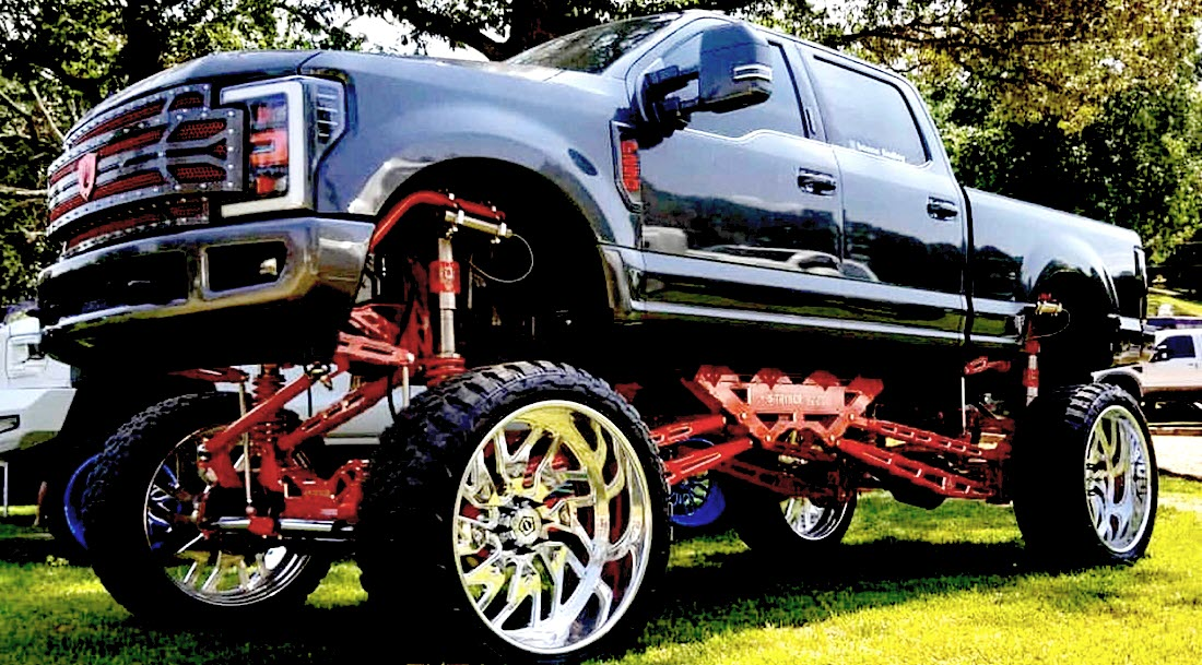 2019-liftedtrucknationals-F250-Grey-Red-Red-Best of Show - Fury Top Pick.jpg