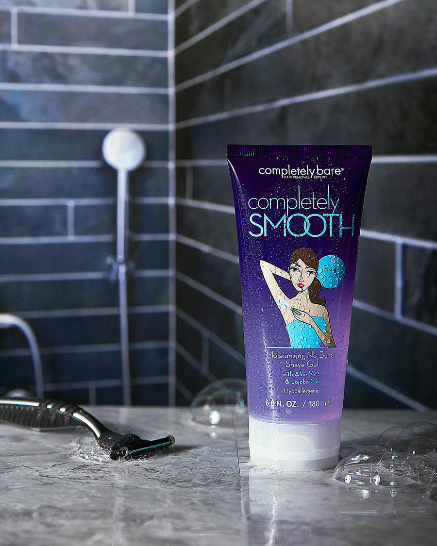 completely SMOOTH <br>Moisturizing No-Bump Shave Gel