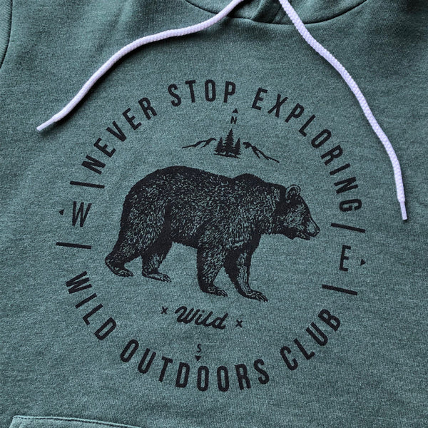 """NEVER STOP EXPLORING"" SPONGE FLEECE HOODY - FOREST"