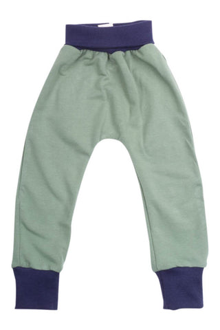 Everyday Pant in Soft Green
