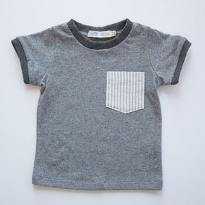 Pocket Tee in Sidewalk Chalk