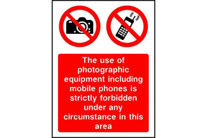 Use of photographic equipment strictly forbidden sign