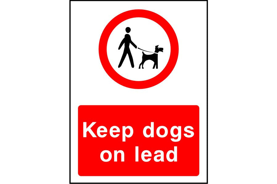 Keep dogs on lead sign