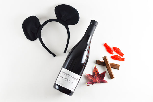 Wine to pair with chocolate wafers and Swedish fish