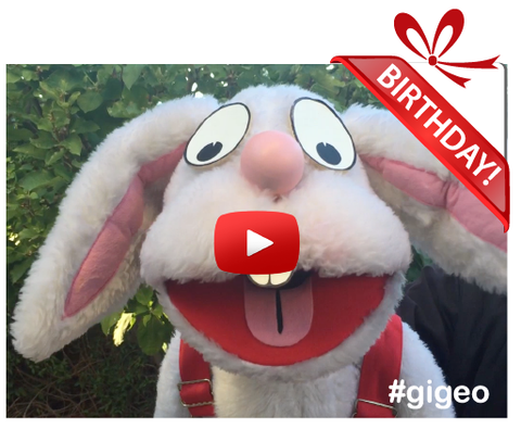 Gigeo® Personalized Videos - JACK THE BUNNY KIDS BIRTHDAY VIDEO GREETING - WhoLovesYou.ME - 1