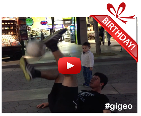 Gigeo® Personalized Videos - COOL SOCCER JUGGLING BIRTHDAY VIDEO GREETING - WhoLovesYou.ME - 1