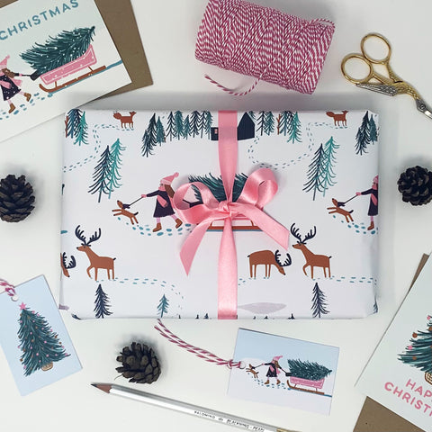 Girl looking for Christmas Tree - Gift Wrap