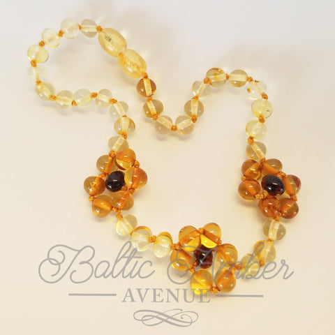 Flower - Baltic Amber Necklace