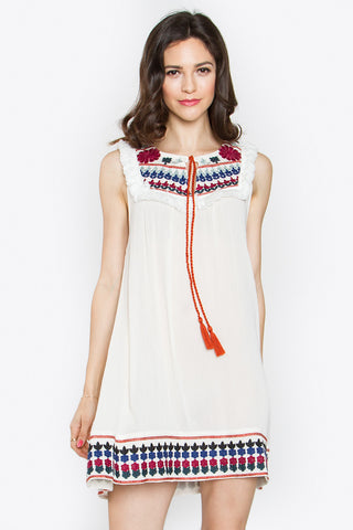 ENSENADA EMBROIDERED DRESS