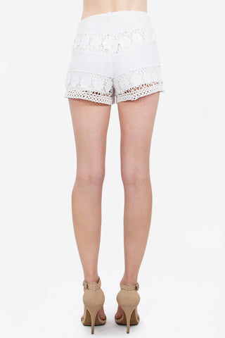 REVERIE CROCHET SHORTS