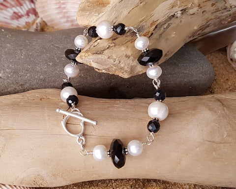 Black and White Pearl Onyx Bracelet, OOAK, Sterling Silver, Genuine Black Onyx, White Freshwater Cultured Pearls, Heart Toggle Clasp