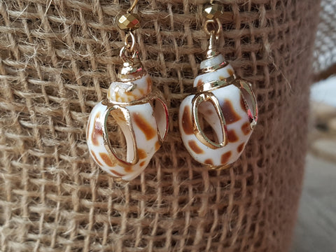 Golden Shell Treasure Earrings