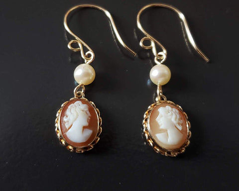 Vintage Cameo Cultured Pearl Earrings