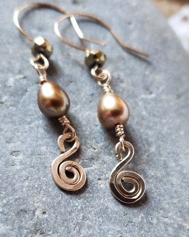 Golden Celtic Eternity Coil Pearl Earrings