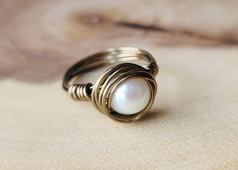 Warm Antique Style Genuine Pearl Rings, Antiqued Brass