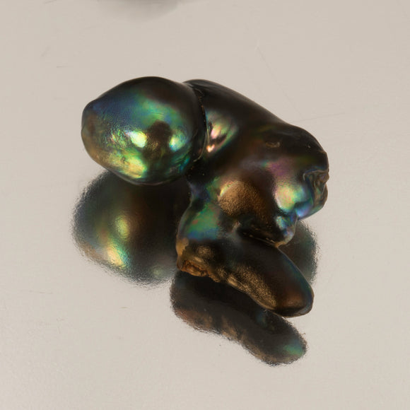 Pearl-Abalone #21671 5.59 cts
