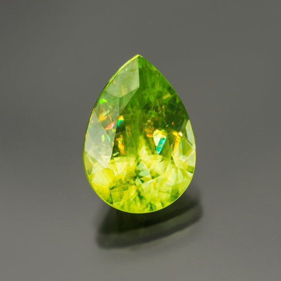 Green Pear Sphene