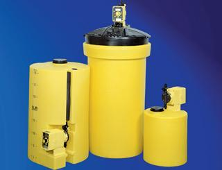 Yellow Poly Chemical Storage Tanks | 10, 30, 35, 50 Gallon Water Treatment Chemicals - Cleanflow