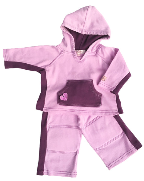 Made of light weight, organic cotton jersey in a two tone sport style.  Pants have elastic waist and soft padding for the knees constructed inside with lining.  Hoodie has a crocheted heart applique on a kanga pocket for little treasures.