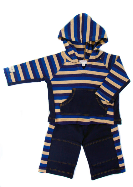 Cozy cotton knit, stripe hoodie and padded knee pant set. Easy to slip on and off, with solid kanga pocket for little treasures. Mix it with our denim jacket, or pair striped hoodie with our soft denim knit jean.