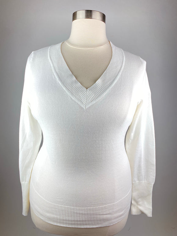 Knit V-Neck Sweater Plus Size (Ivory)