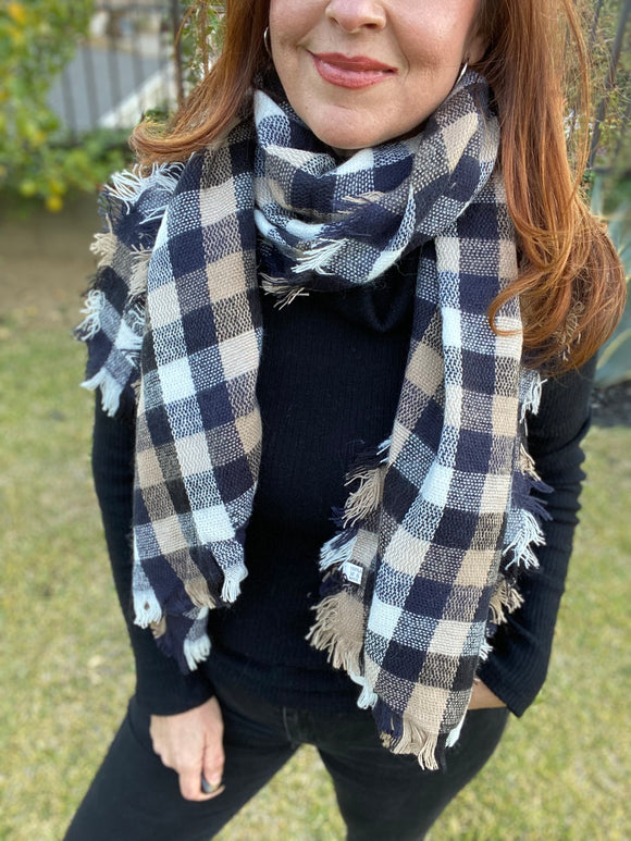 Flannel Plaid Scarf (Black/Khaki)