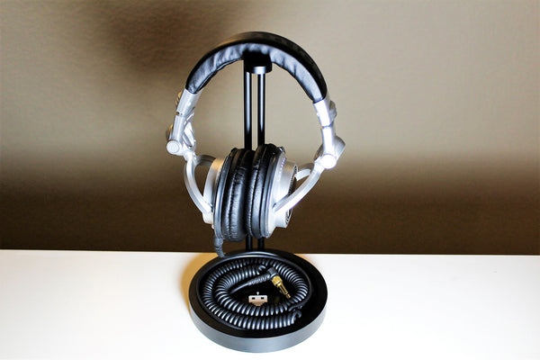 TekBotic's new Headphone Stand Holder