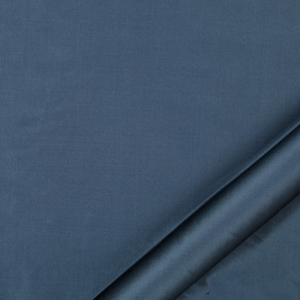 DRAPEABLE SILK Kerala Fabric - Indigo