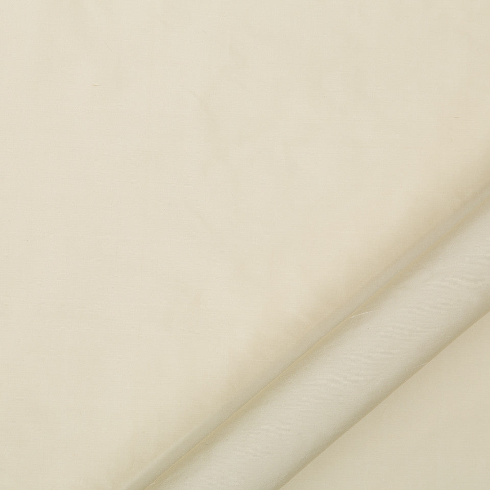DRAPEABLE SILK Allepey Fabric - Alabaster