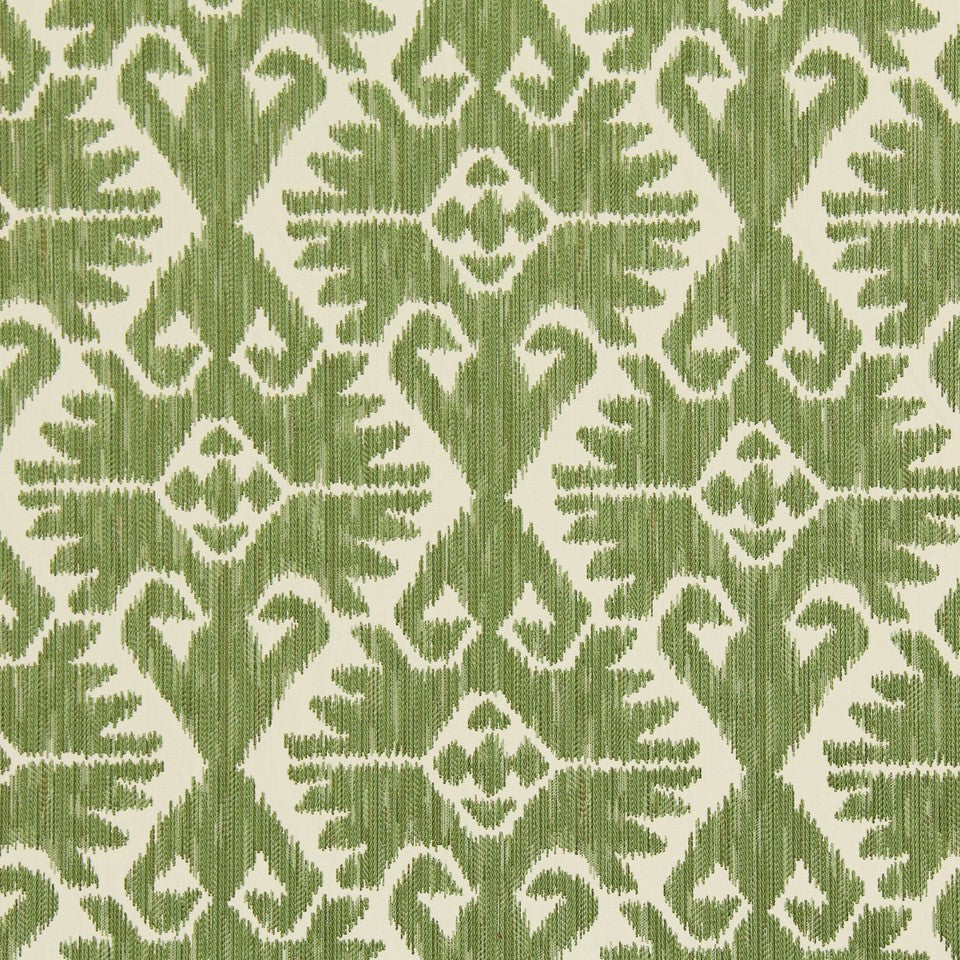 LEAF Country Cabin Fabric - Leaf