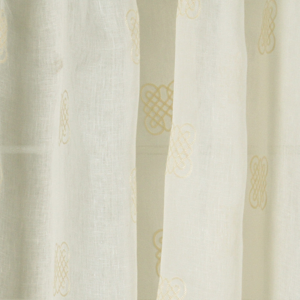 NATURAL SHEERS LIGHT NEUTRALS Eight Square Fabric - Oyster