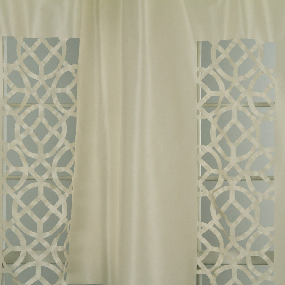 DWELLSTUDIO MODERN LUXURY Laser Lattice Fabric - Pearl