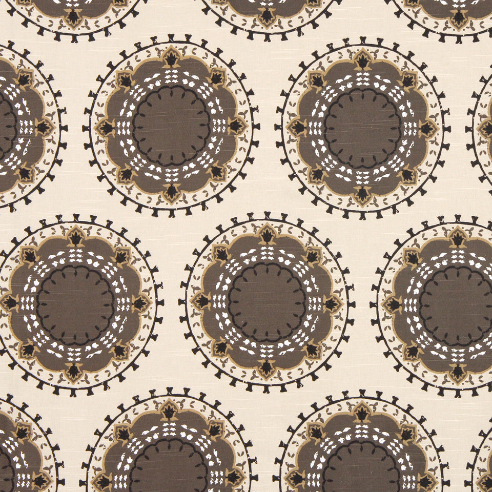DWELLSTUDIO GLOBAL MODERN LUXE Medallion Band Fabric - Toffee