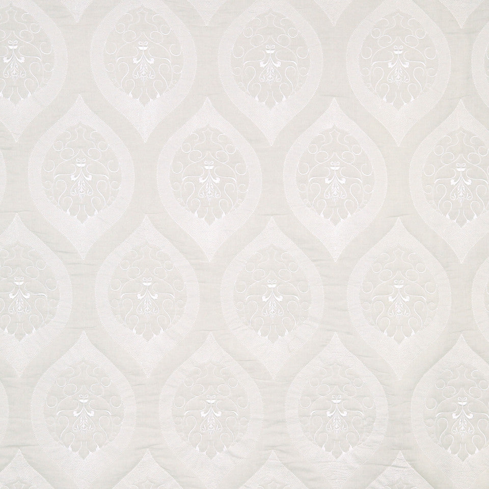 MATELASSES AND QUILTS Quilted Scroll Fabric - Snow