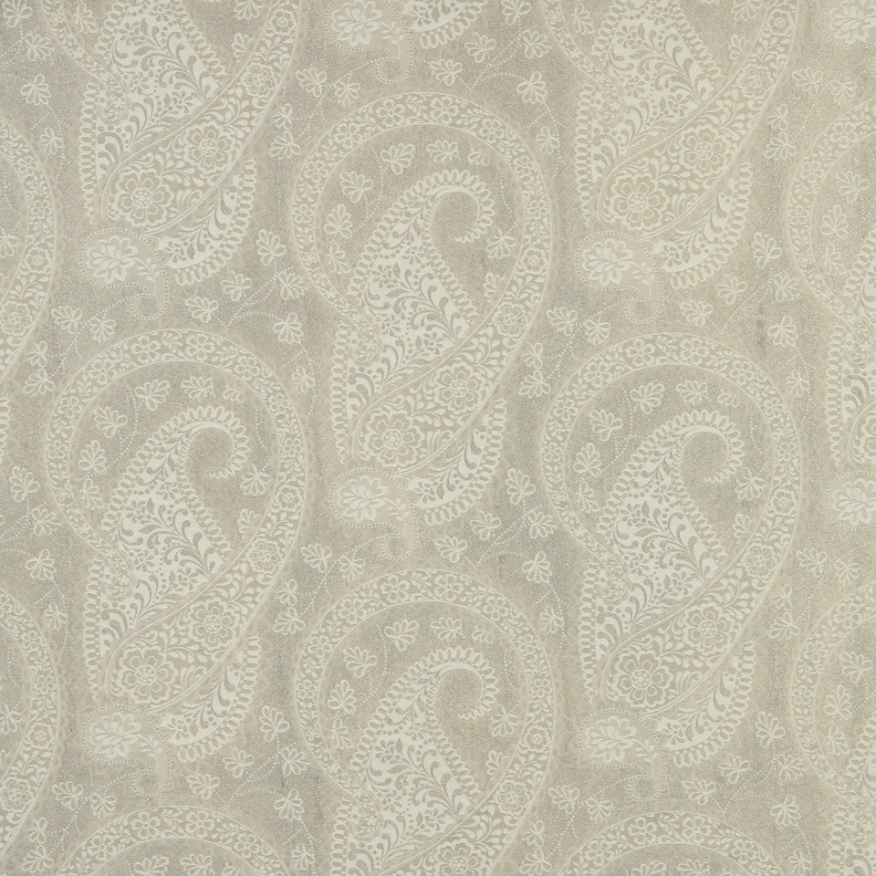 WILLIAMSBURG CLASSICS COLLECTION II Kingsgate Fabric - Gardenia