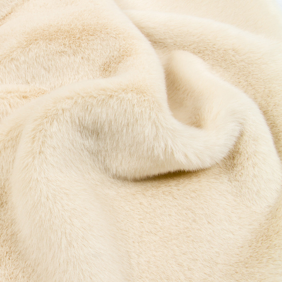 LAVISH FAUX FURS Snow Fox Fabric - White