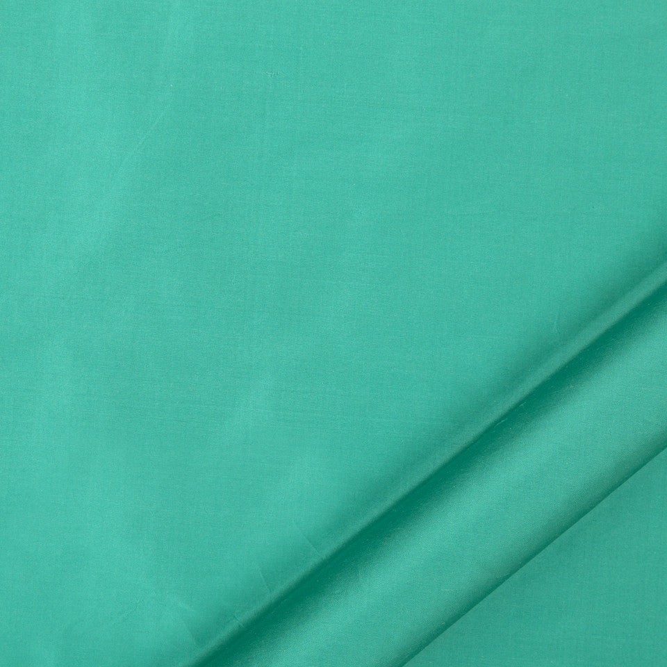 DRAPEABLE SILK Allepey Fabric - Malachite