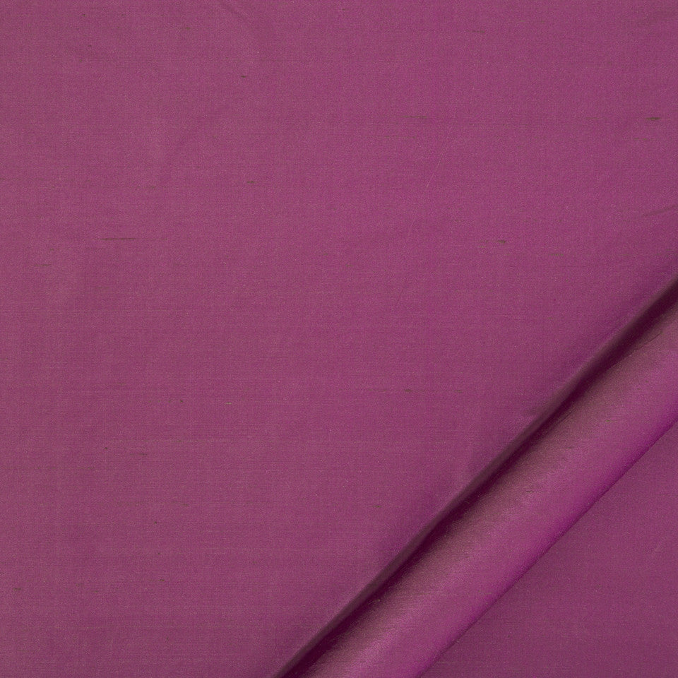 DRAPEABLE SILK Allepey Fabric - Aubergine