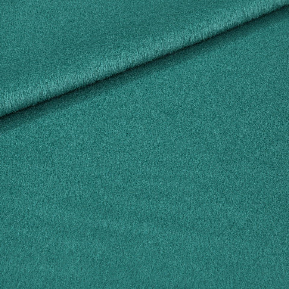 EXCLUSIVE FURS Luxe Alpaca Fabric - Oasis Green