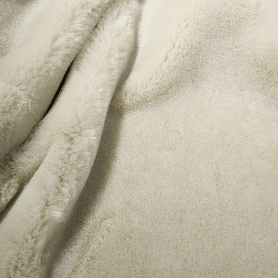 EXCLUSIVE FURS Chinchilla Fur Fabric - White